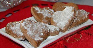 Biscuits au cannelle simple et parfaits pour Noël
