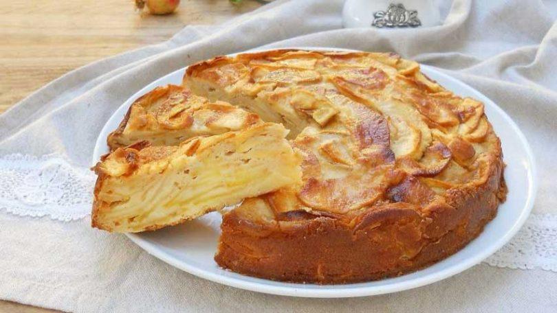 Gâteau aux pommes invisible Cyril Lignac facile