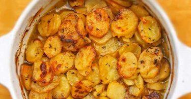 Pommes de terre boulangères succulentes