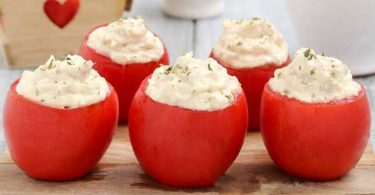 Tomates farcies au thon et au fromage facile