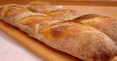 Baguettes de pain express sans pétrissage
