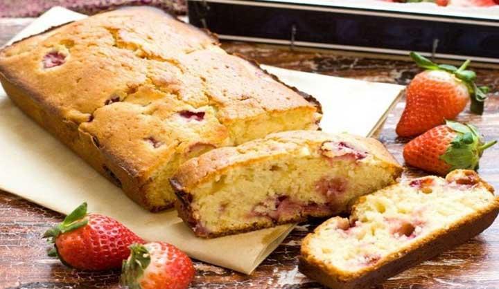 Gâteau au yaourt aux fraises